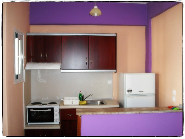 Double Bed Room - Kitchen